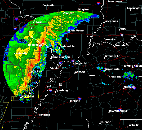 Radar Image for Severe Thunderstorms near Poplar Bluff, MO at 1/11/2020 1:02 AM CST