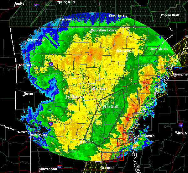 Radar Image for Severe Thunderstorms near Clarksdale, MS at 1/11/2020 3:35 AM CST