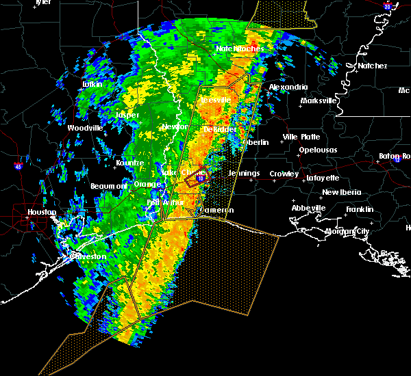 Radar Image for Severe Thunderstorms near Westlake, LA at 1/11/2020 3:39 AM CST
