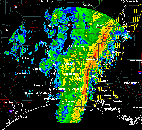 Radar Image for Severe Thunderstorms near Ville Platte, LA at 1/11/2020 5:16 AM CST