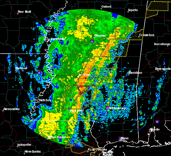 Radar Image for Severe Thunderstorms near New Hebron, MS at 1/11/2020 8:43 AM CST