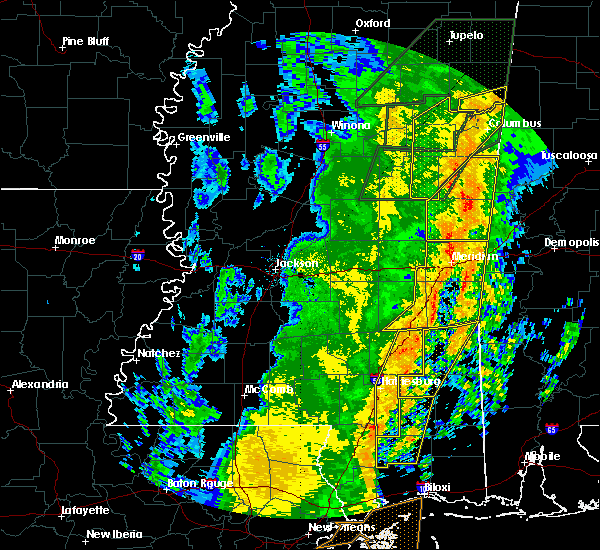 Radar Image for Severe Thunderstorms near Lauderdale, MS at 1/11/2020 10:39 AM CST