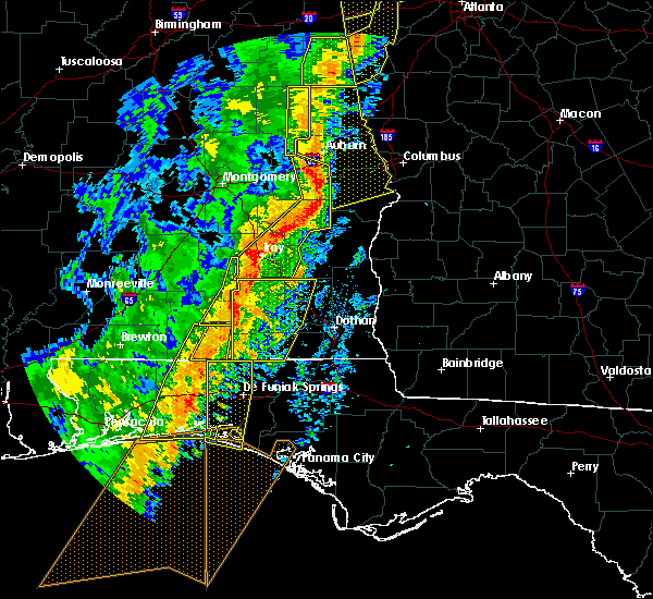 Radar Image for Severe Thunderstorms near New Brockton, AL at 1/11/2020 3:31 PM CST