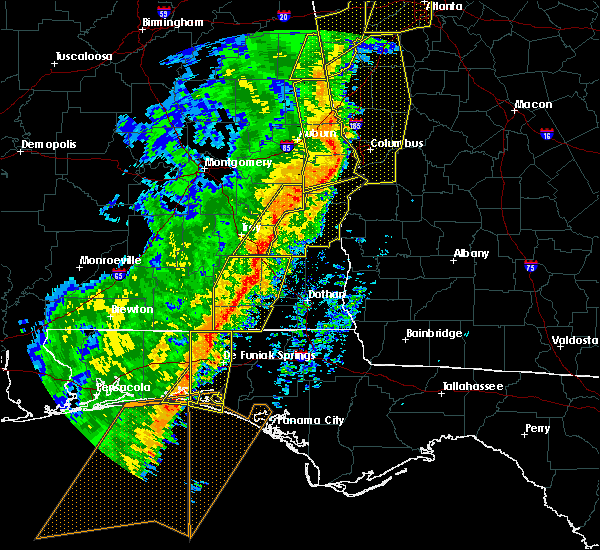 Radar Image for Severe Thunderstorms near New Brockton, AL at 1/11/2020 3:55 PM CST