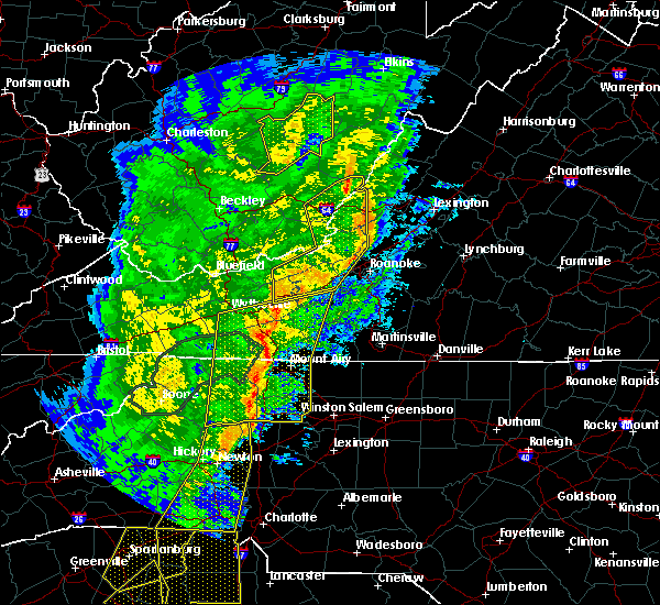 Radar Image for Severe Thunderstorms near Radford, VA at 1/11/2020 9:31 PM EST