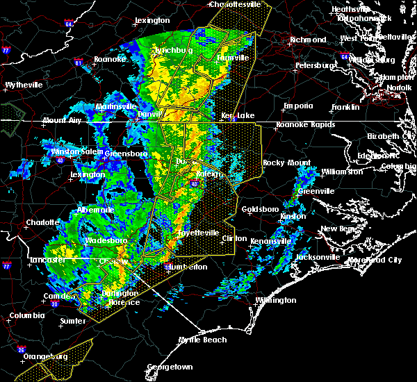 Radar Image for Severe Thunderstorms near Laurel Hill, NC at 1/12/2020 12:21 AM EST