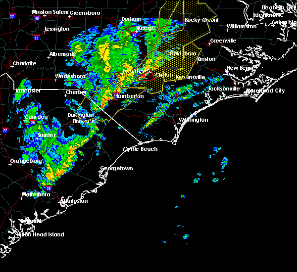 Radar Image for Severe Thunderstorms near Lumberton, NC at 1/12/2020 1:05 AM EST