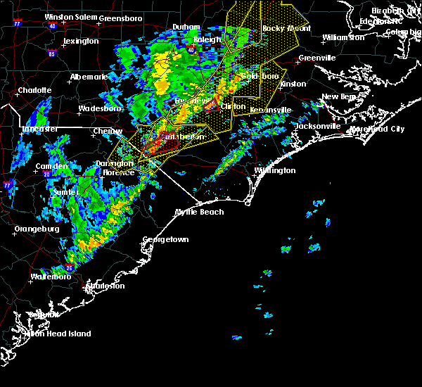 Radar Image for Severe Thunderstorms near Lumberton, NC at 1/12/2020 1:18 AM EST