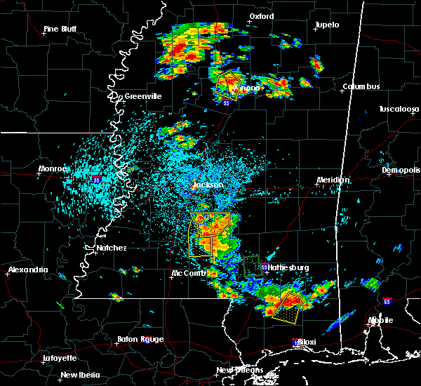 Radar Image for Severe Thunderstorms near New Hebron, MS at 6/24/2015 3:00 PM CDT