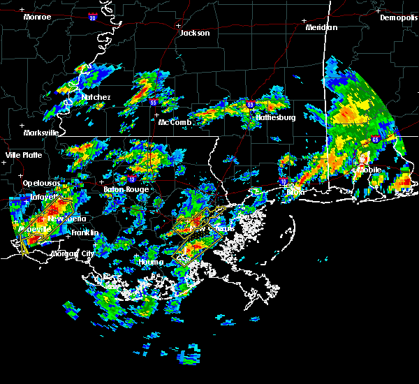 Radar Image for Severe Thunderstorms near Baton Rouge, LA at 2/5/2020 1:31 PM CST