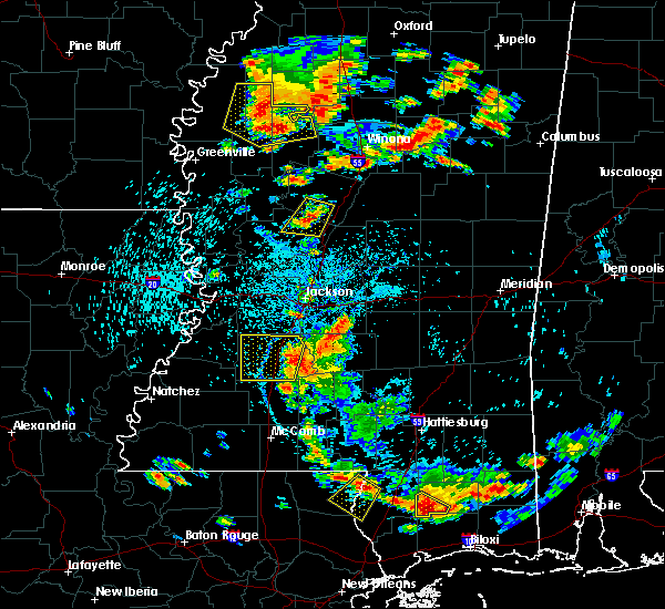 Radar Image for Severe Thunderstorms near Yazoo City, MS at 6/24/2015 3:40 PM CDT