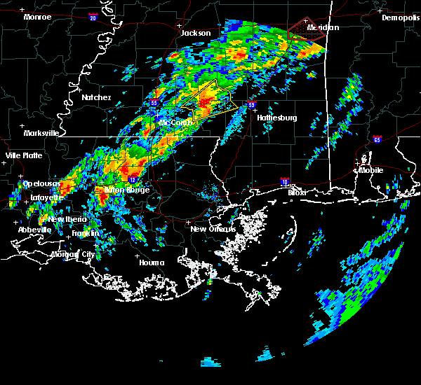 Radar Image for Severe Thunderstorms near Baton Rouge, LA at 2/5/2020 11:42 PM CST