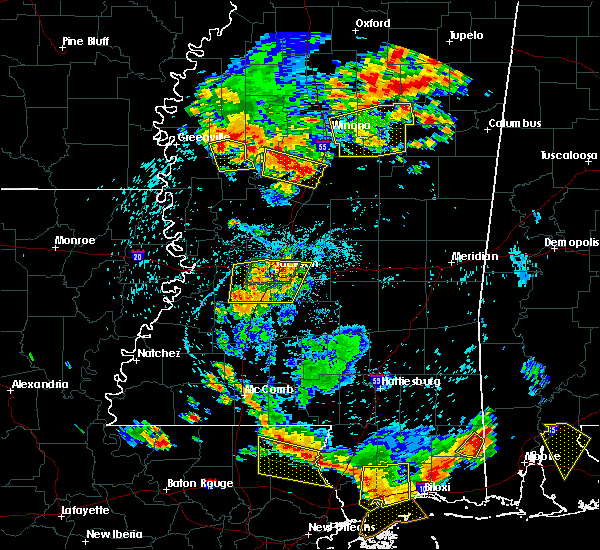 Radar Image for Severe Thunderstorms near Inverness, MS at 6/24/2015 4:31 PM CDT