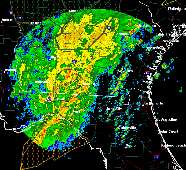Radar Image for Severe Thunderstorms near Fitzgerald, GA at 2/6/2020 6:21 PM EST