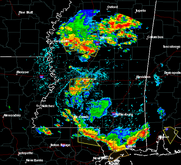 Radar Image for Severe Thunderstorms near Richland, MS at 6/24/2015 4:36 PM CDT