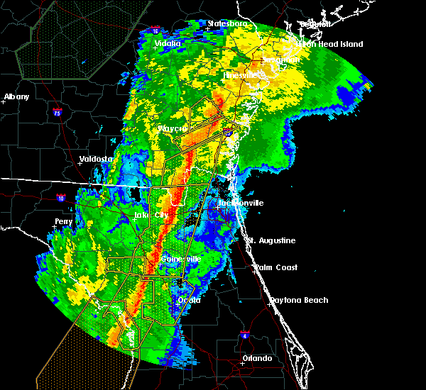 Radar Image for Severe Thunderstorms near Gainesville, FL at 2/6/2020 9:47 PM EST