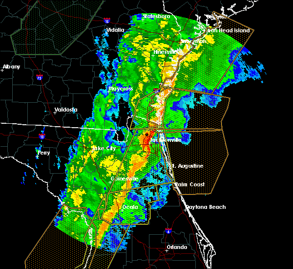 Radar Image for Severe Thunderstorms near Flagler Estates, FL at 2/6/2020 10:25 PM EST