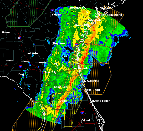 Radar Image for Severe Thunderstorms near Flagler Estates, FL at 2/6/2020 10:45 PM EST