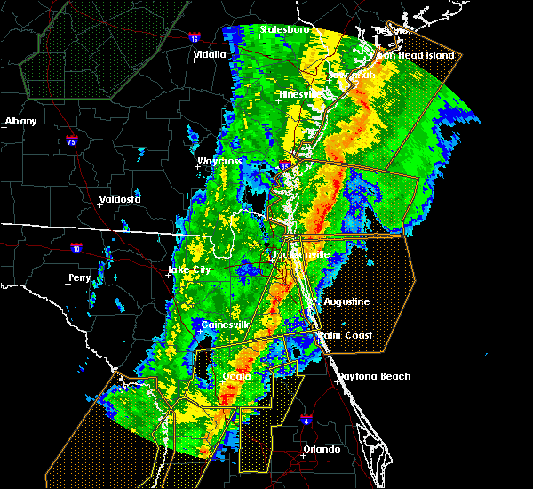 Radar Image for Severe Thunderstorms near Flagler Estates, FL at 2/6/2020 10:56 PM EST