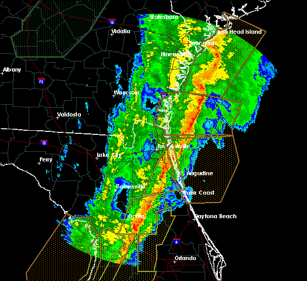 Radar Image for Severe Thunderstorms near Flagler Estates, FL at 2/6/2020 11:00 PM EST