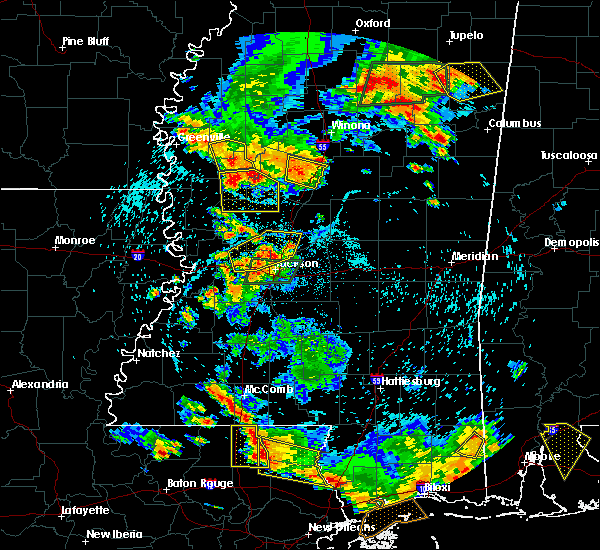Radar Image for Severe Thunderstorms near Eden, MS at 6/24/2015 5:00 PM CDT