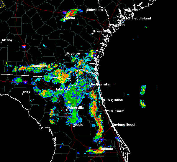 Radar Image for Severe Thunderstorms near Flagler Estates, FL at 6/24/2015 6:32 PM EDT