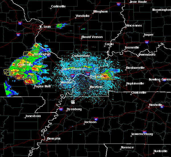 Radar Image for Severe Thunderstorms near Crayne, KY at 3/2/2020 6:43 PM CST