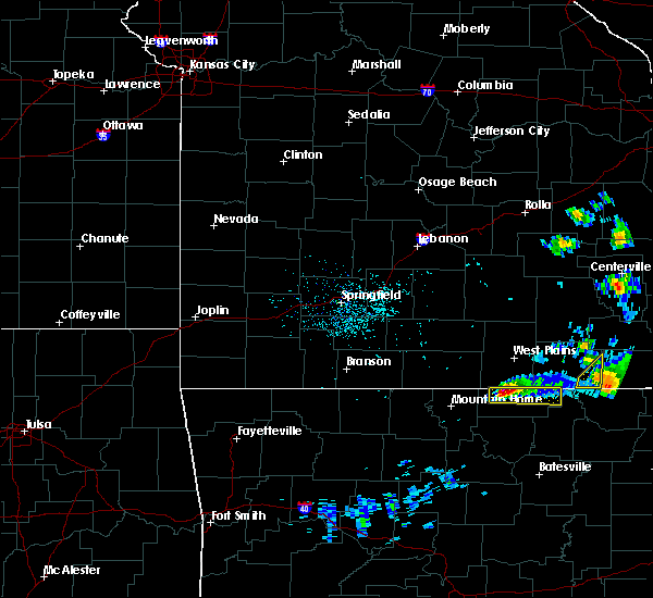 Radar Image for Severe Thunderstorms near Thayer, MO at 3/2/2020 8:10 PM CST