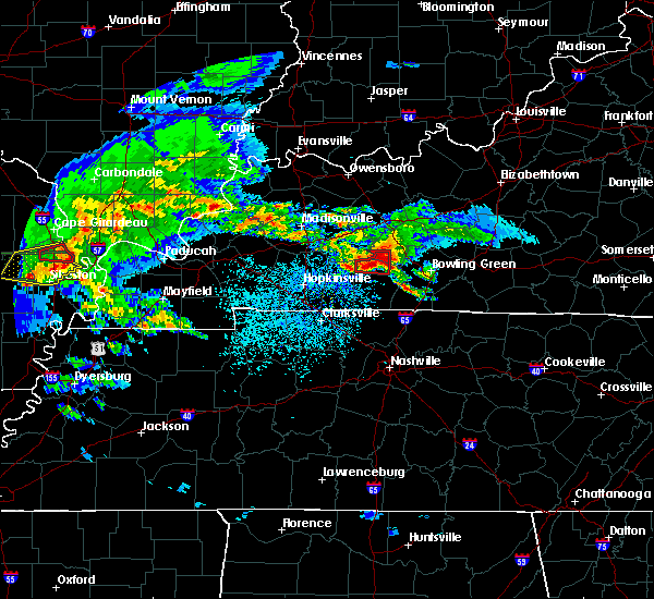 Radar Image for Severe Thunderstorms near Bowling Green, KY at 3/2/2020 9:05 PM CST