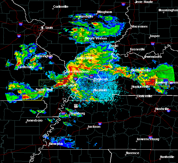 Radar Image for Severe Thunderstorms near Mound City, IL at 3/2/2020 9:07 PM CST