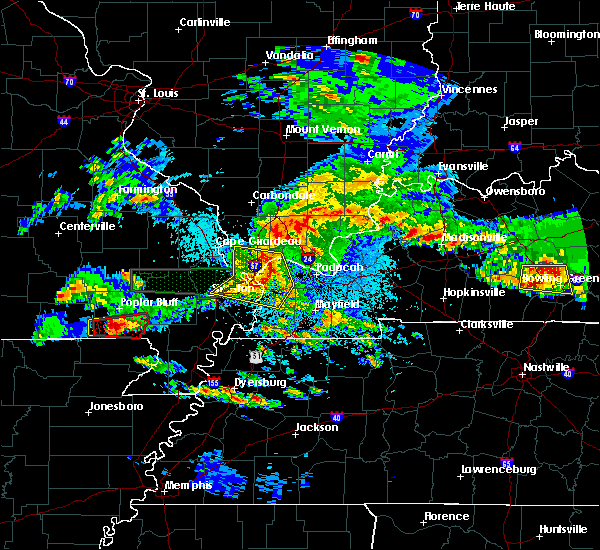 Radar Image for Severe Thunderstorms near Mound City, IL at 3/2/2020 9:26 PM CST