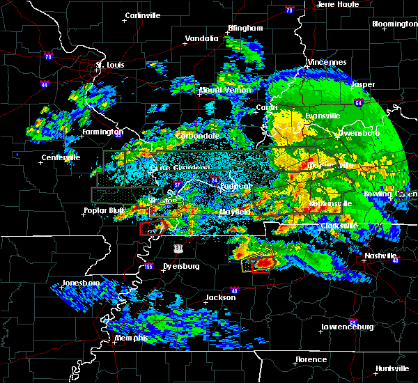 Radar Image for Severe Thunderstorms near Anniston, MO at 3/2/2020 11:13 PM CST