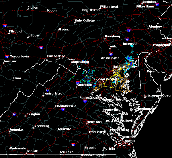 Radar Image for Severe Thunderstorms near Temple Hills, MD at 3/4/2020 12:24 AM EST