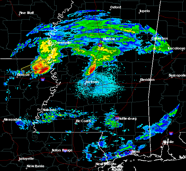 Radar Image for Severe Thunderstorms near Epps, LA at 3/4/2020 1:02 AM CST