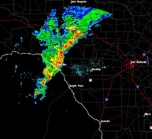 Radar Image for Severe Thunderstorms near Brackettville, TX at 3/4/2020 1:56 AM CST