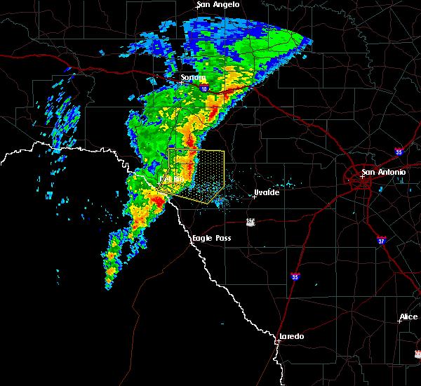 Radar Image for Severe Thunderstorms near Brackettville, TX at 3/4/2020 2:24 AM CST
