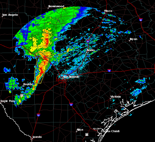 Radar Image for Severe Thunderstorms near Hondo, TX at 3/4/2020 4:46 AM CST