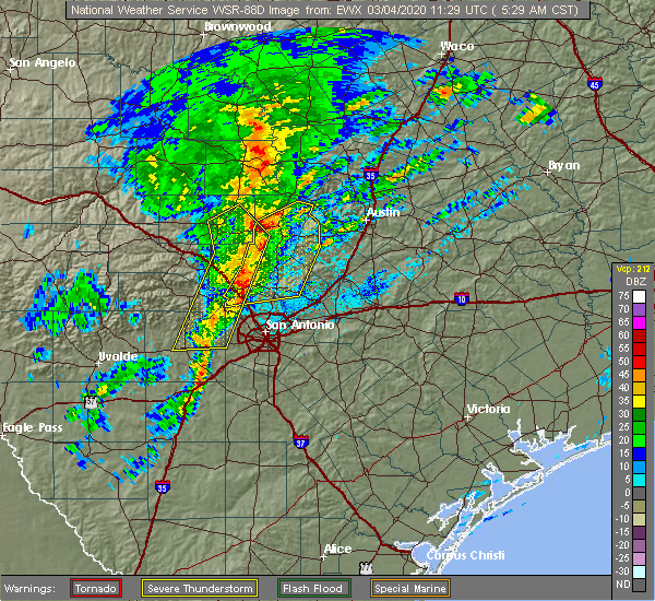 Radar Image for Severe Thunderstorms near Johnson City, TX at 3/4/2020 5:32 AM CST
