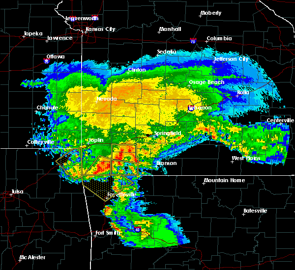 Radar Image for Severe Thunderstorms near Cassville, MO at 3/11/2020 5:59 AM CDT