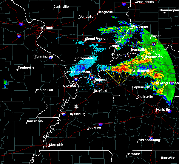 Radar Image for Severe Thunderstorms near Fredonia, KY at 3/12/2020 4:02 PM CDT