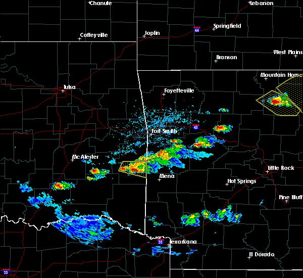 Radar Image for Severe Thunderstorms near Heavener, OK at 3/12/2020 5:32 PM CDT