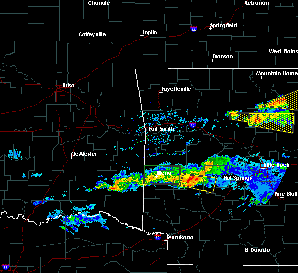 Radar Image for Severe Thunderstorms near Hatfield, AR at 3/12/2020 7:38 PM CDT