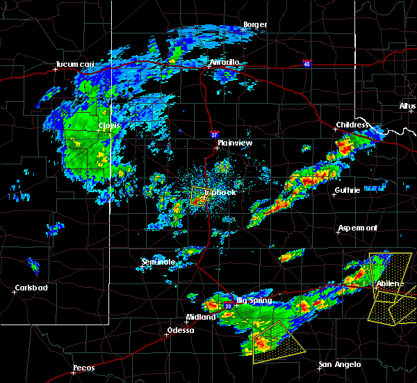 Radar Image for Severe Thunderstorms near Wolfforth, TX at 3/18/2020 5:42 PM CDT