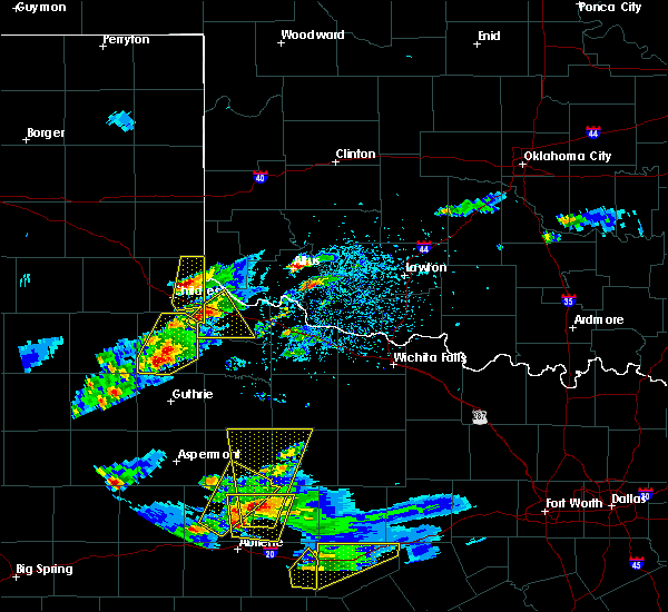 Radar Image for Severe Thunderstorms near Paducah, TX at 3/18/2020 6:16 PM CDT