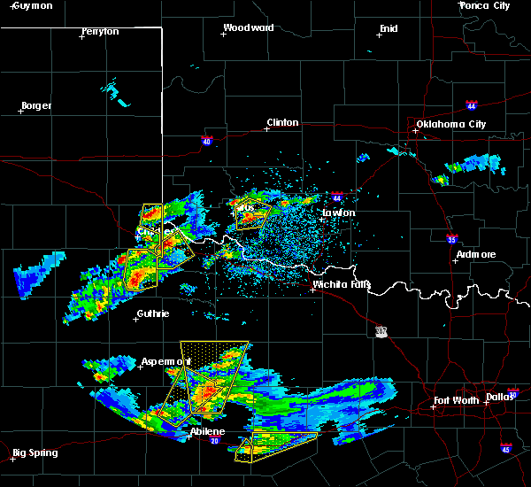 Radar Image for Severe Thunderstorms near Quanah, TX at 3/18/2020 6:29 PM CDT