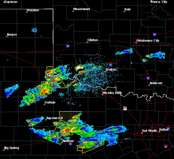 Radar Image for Severe Thunderstorms near Paducah, TX at 3/18/2020 6:31 PM CDT