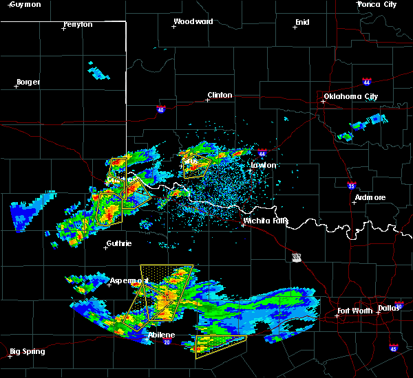 Radar Image for Severe Thunderstorms near Samnorwood, TX at 3/18/2020 6:38 PM CDT