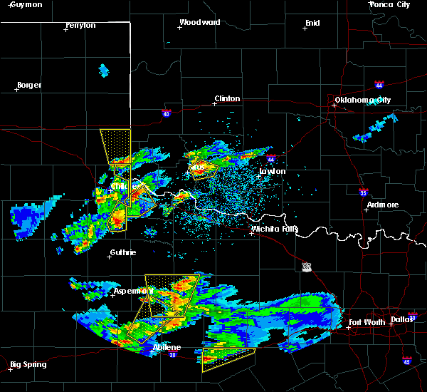Radar Image for Severe Thunderstorms near Dodson, TX at 3/18/2020 6:55 PM CDT