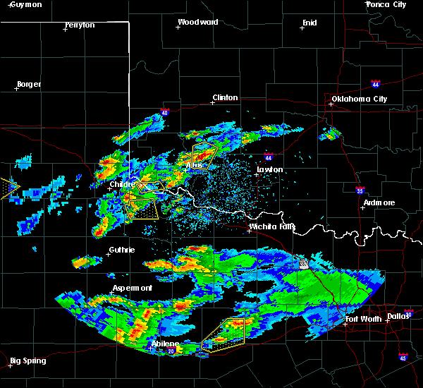 Radar Image for Severe Thunderstorms near Roosevelt, OK at 3/18/2020 7:24 PM CDT