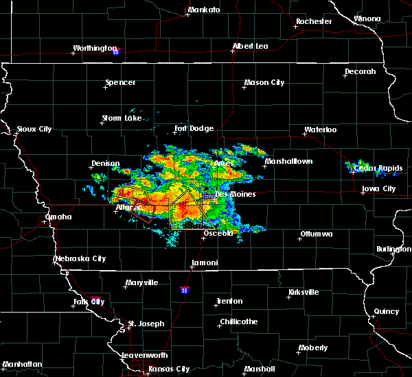 Radar Image for Severe Thunderstorms near Adel, IA at 6/24/2015 8:14 PM CDT